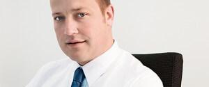 Seit 2011 arbeitet der Steuerberater Alexander Bös für unsere Kanzlei und berät insbesondere kleinere Unternehmen und Privatperson in wirtschaftlichen und steuerrechtlichen Fragen.